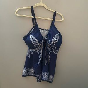 Other - Tankini top in blue paisley pattern 3x
